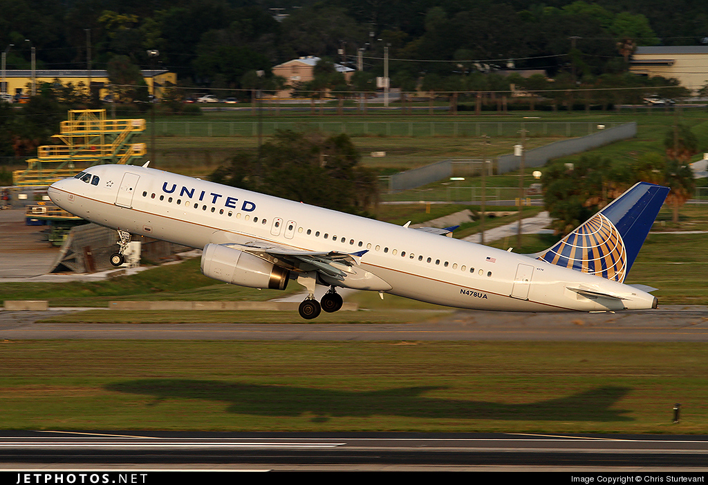N478UA - Airbus A320-232 - United Airlines