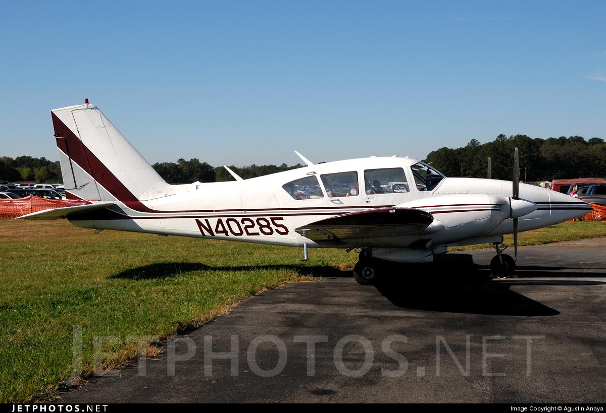 N40285 - Piper PA-23-250 Aztec E - Private