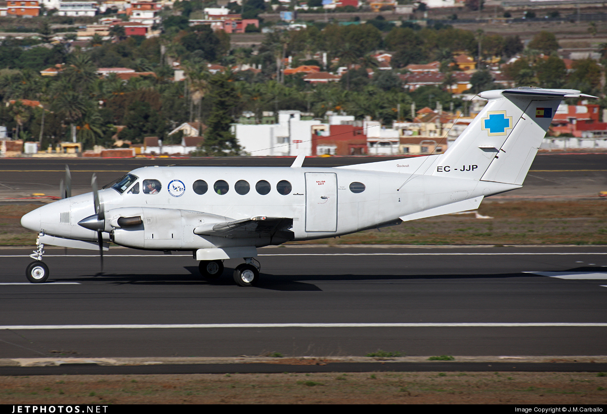 EC-JJP - Beechcraft B200 Super King Air - Urgemer Canarias