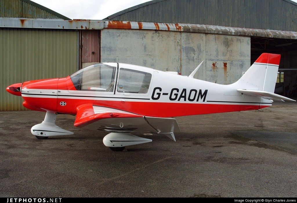 G-GAOM - Robin DR400/120 Dauphin 2+2 - Private