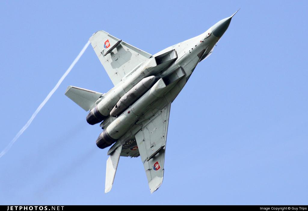 3911 - Mikoyan-Gurevich Mig-29 Fulcrum - Slovakia - Air Force