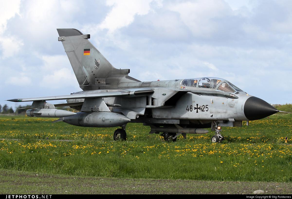 46-25 - Panavia Tornado ECR - Germany - Air Force