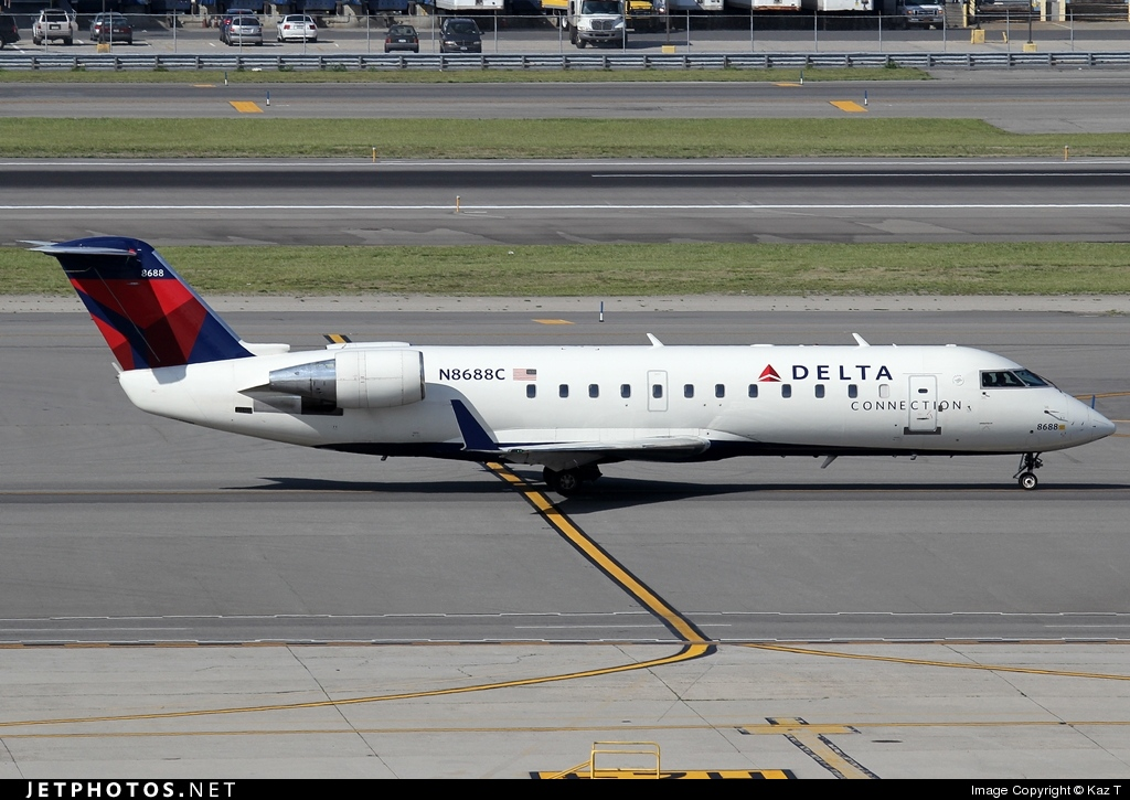 N8688C - Bombardier CRJ-200ER - Delta Connection (Pinnacle Airlines)