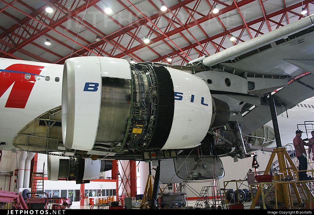 PT-MVA - Airbus A330-223 - TAM Linhas Aéreas