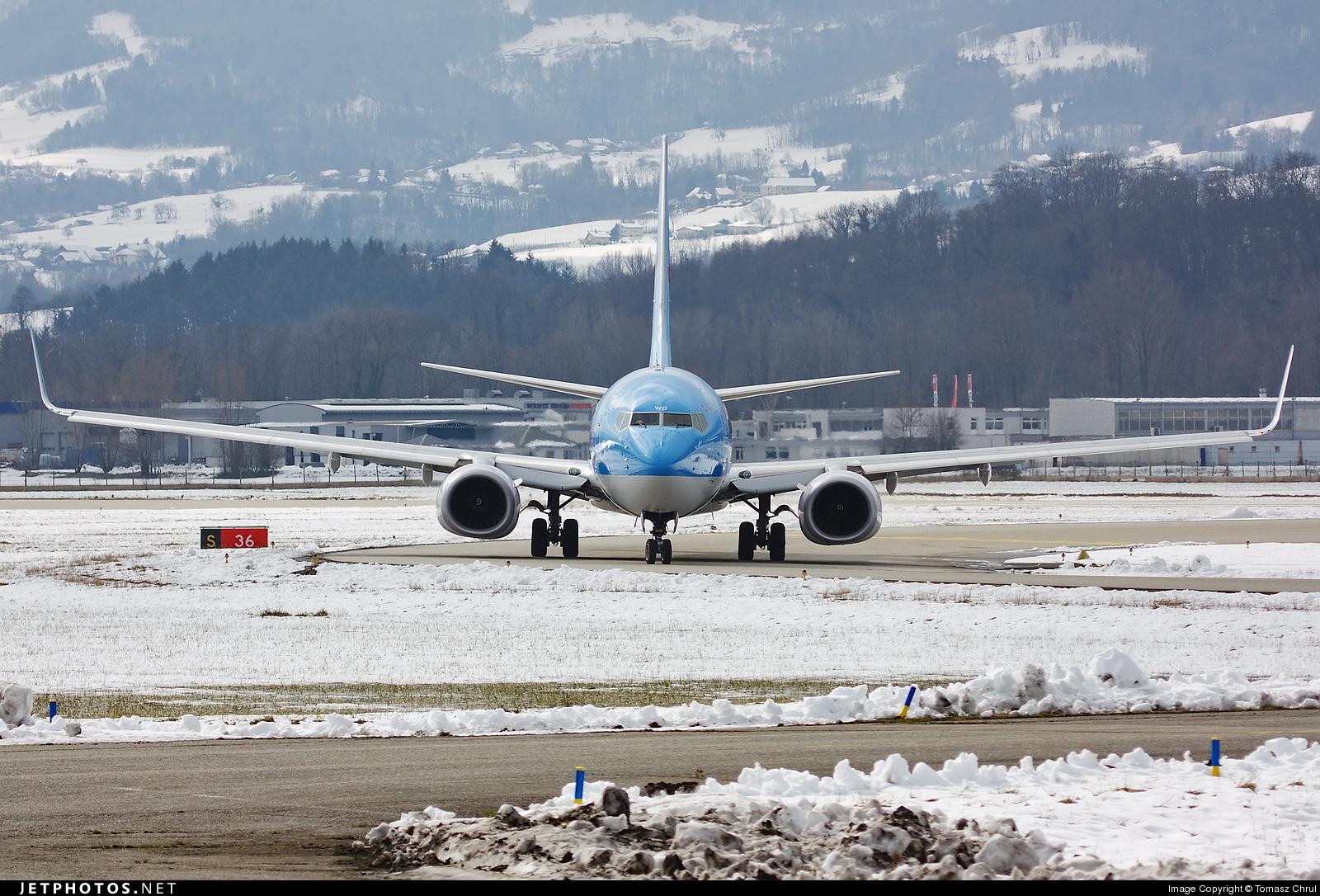 G-TAWD - Boeing 737-8K5 - Thomson Airways