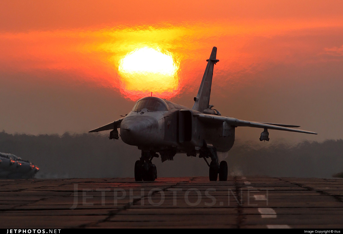 04 - Sukhoi Su-24M Fencer - Russia - Air Force