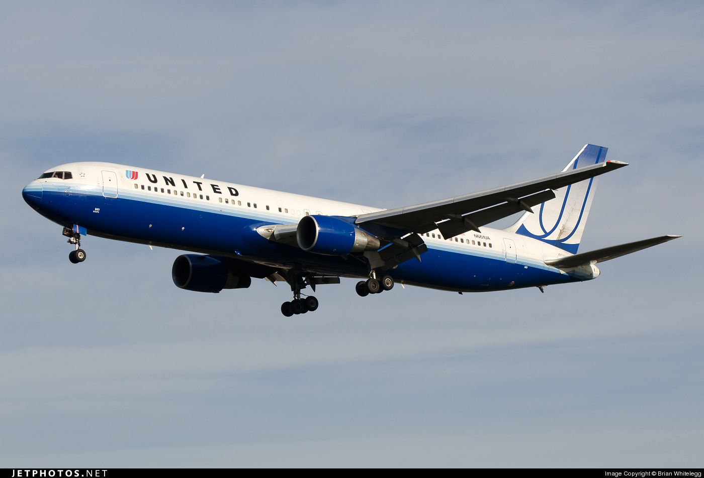 N661UA - Boeing 767-322(ER) - United Airlines