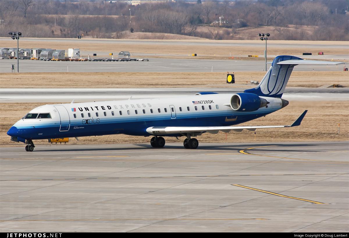 N728SK - Bombardier CRJ-701ER - United Express (SkyWest Airlines)