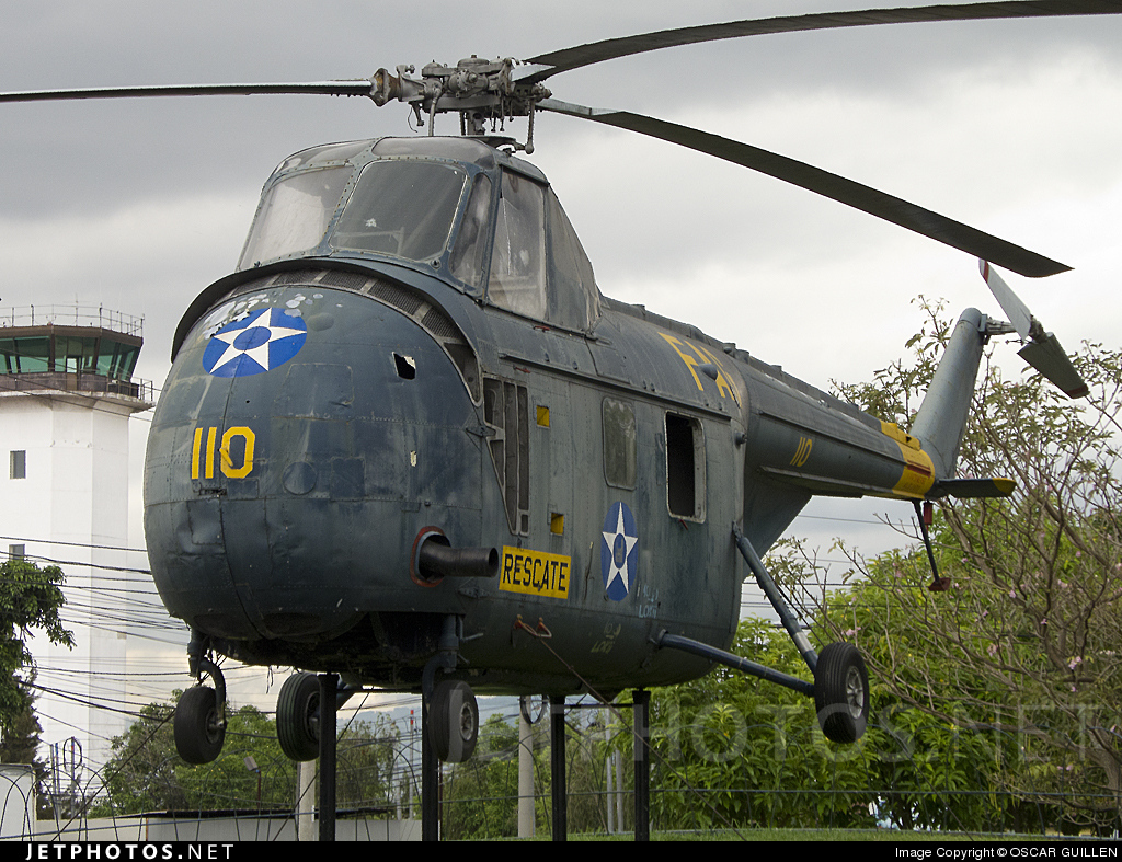 110 - Sikorsky UH-19B Chicasaw - Guatemala - Air Force