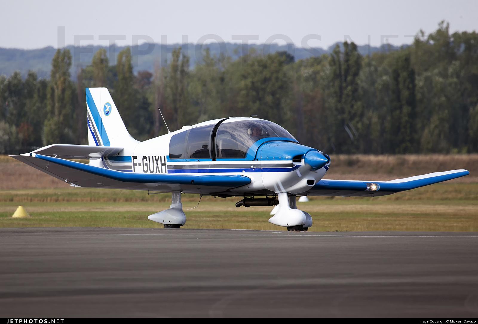 F-GUXH - Robin DR400/140B Major - Aéro-club Les Alcyons