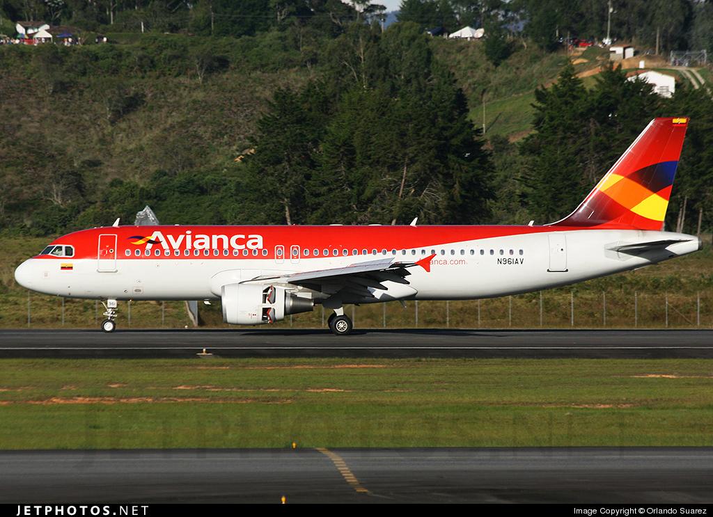 N961AV - Airbus A320-214 - Avianca