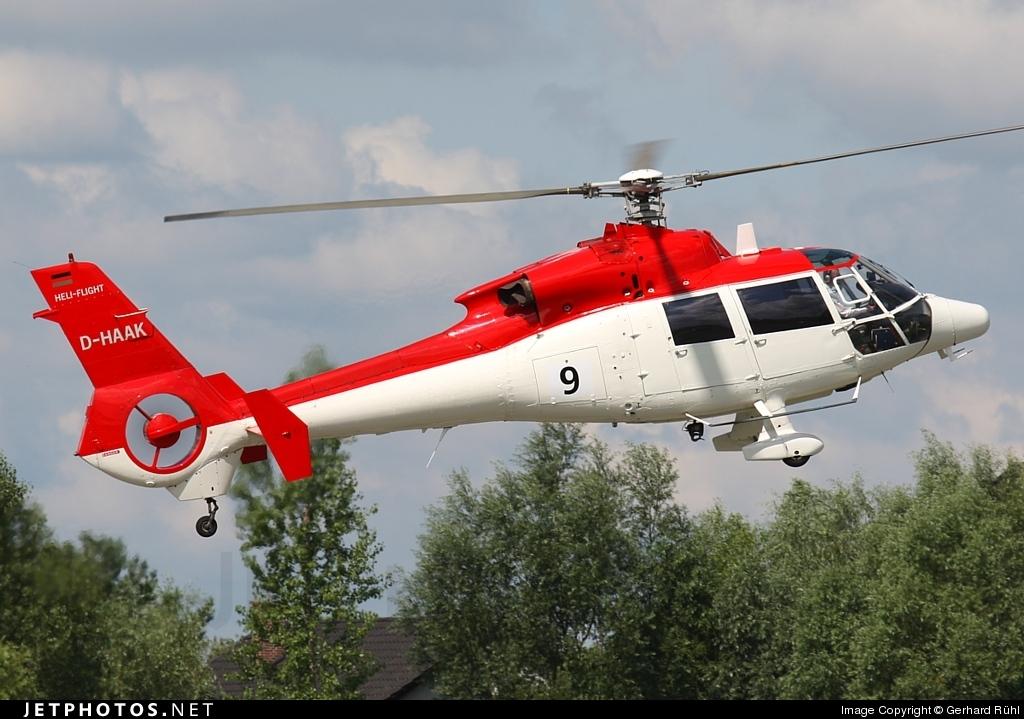 D-HAAK - Aérospatiale SA 365C3 Dauphin 2 - Heli-Flight