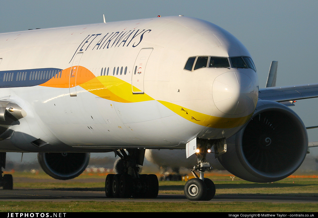 VT-JEG - Boeing 777-35RER - Jet Airways