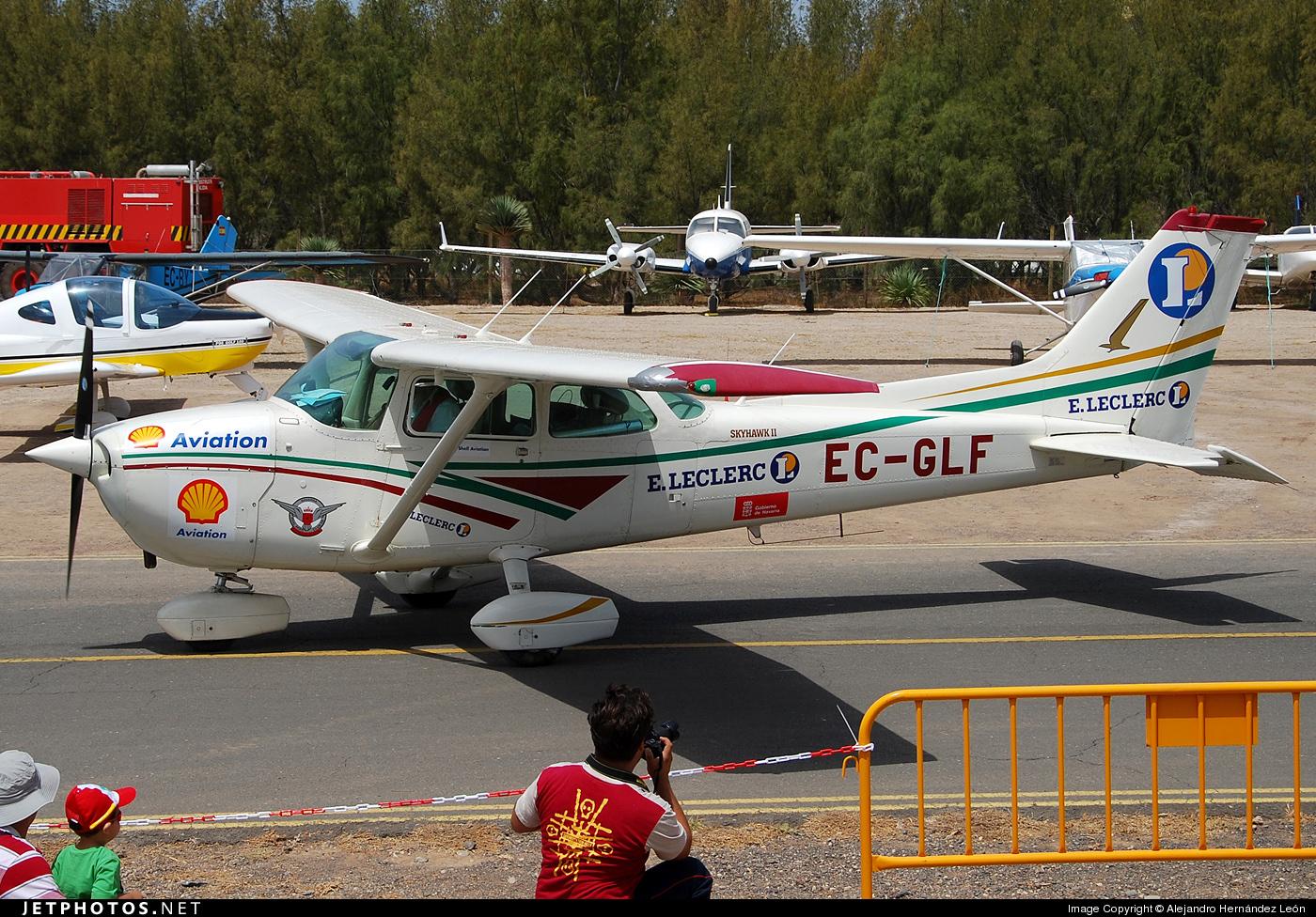 EC-GLF - Cessna 172N Skyhawk II - Private