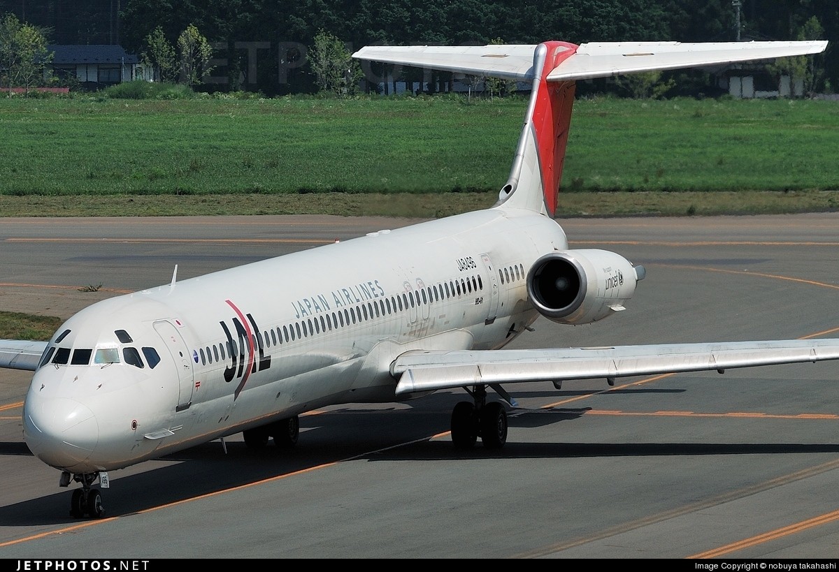 JA8496 - McDonnell Douglas MD-81 - Japan Airlines (JAL)