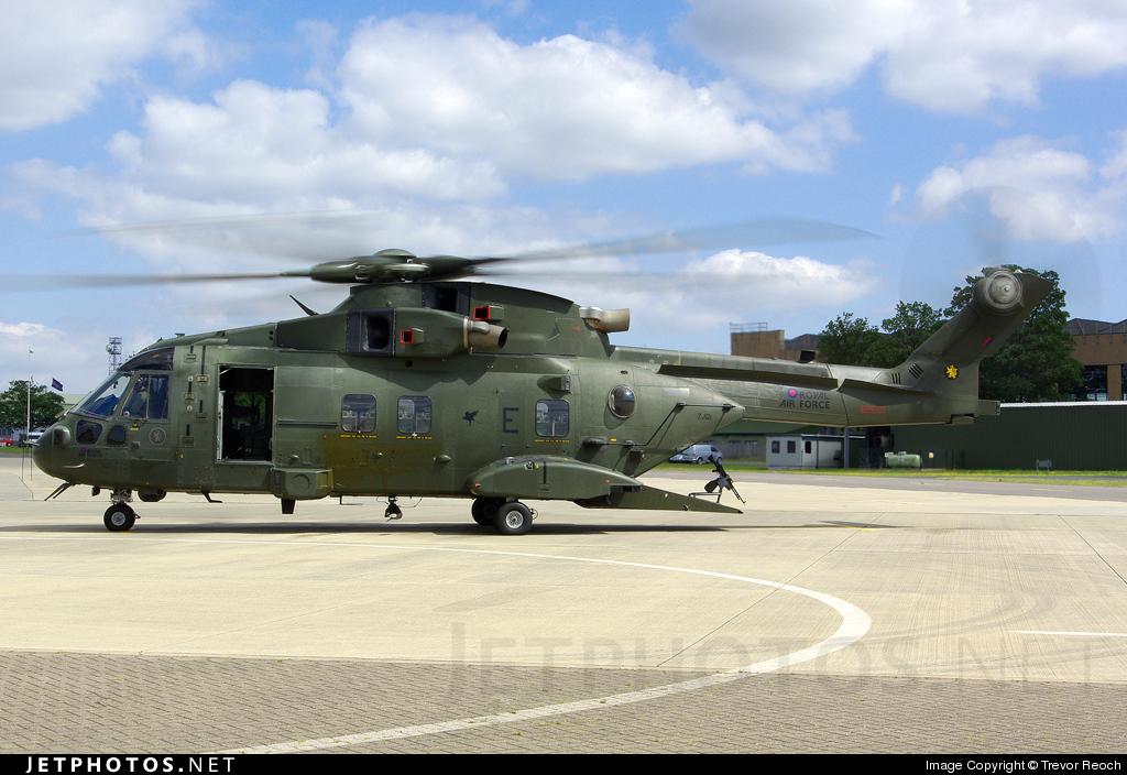 ZJ121 - Agusta-Westland Merlin HC.3 - United Kingdom - Royal Air Force (RAF)