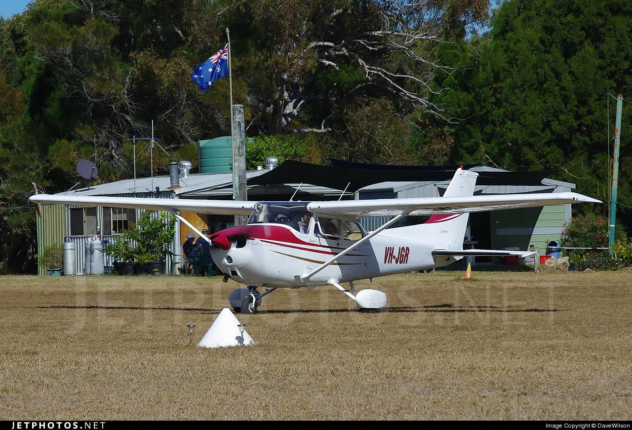 VH-JGR - Cessna 172N Skyhawk II - Private