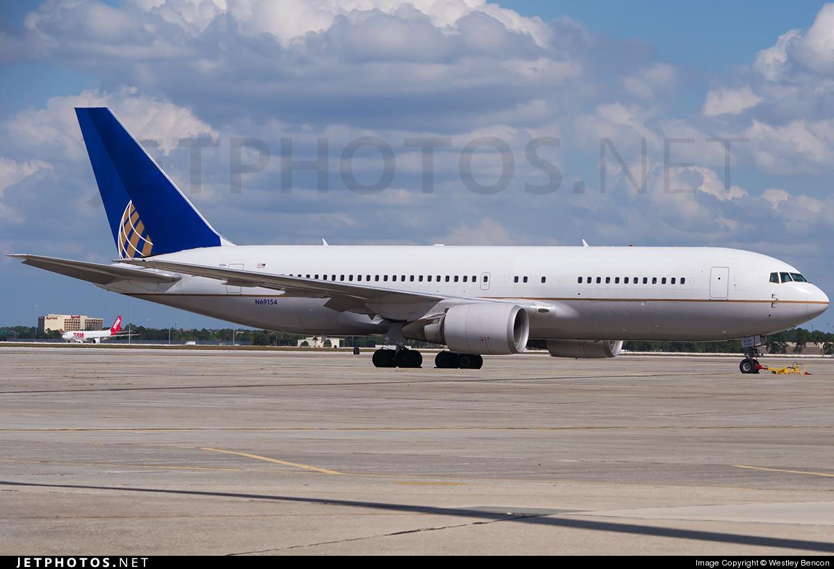 N69154 - Boeing 767-224(ER) - United Airlines