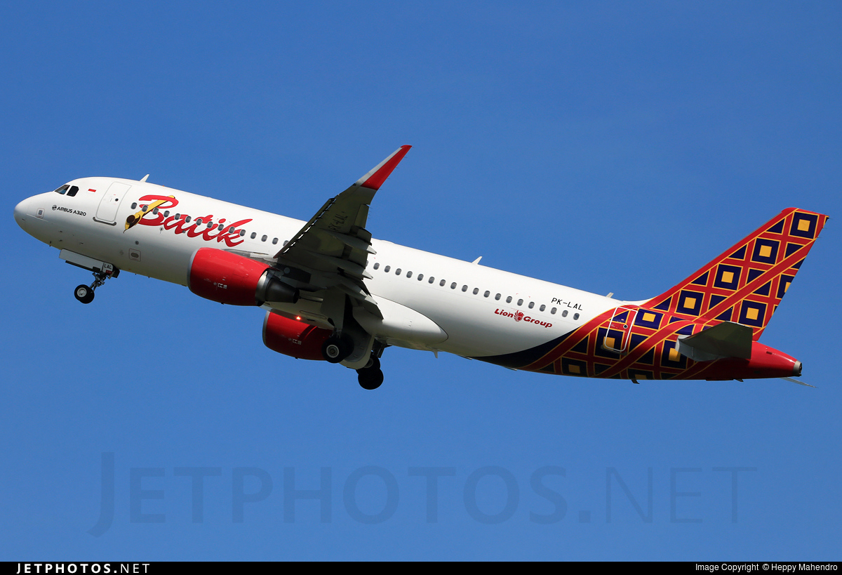 Pk lal airbus a320 214 batik air heppy mahendro jetphotos pk lal airbus a320 214 batik air stopboris Image collections