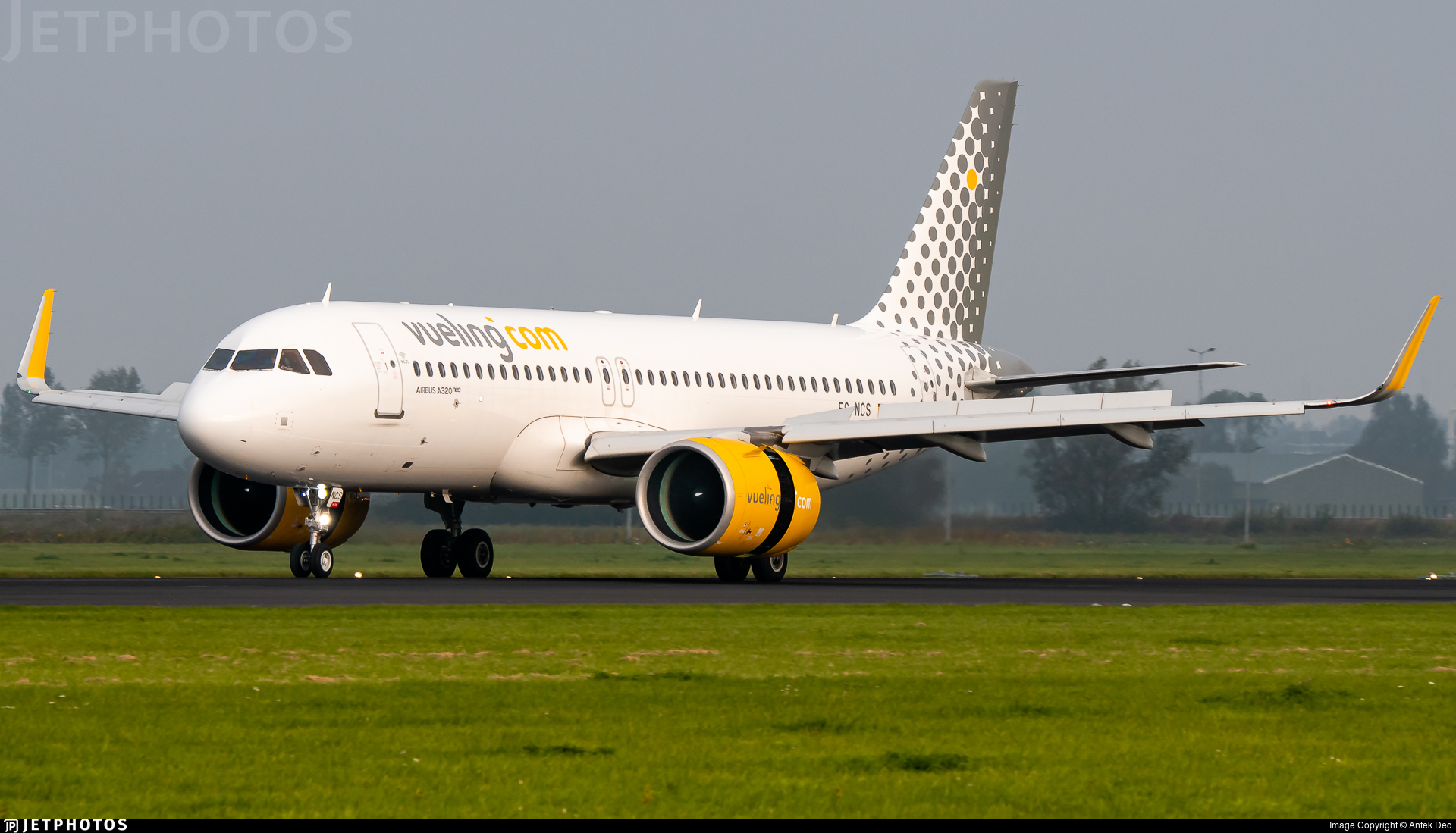EC-NCS - Airbus A320-271N - Vueling