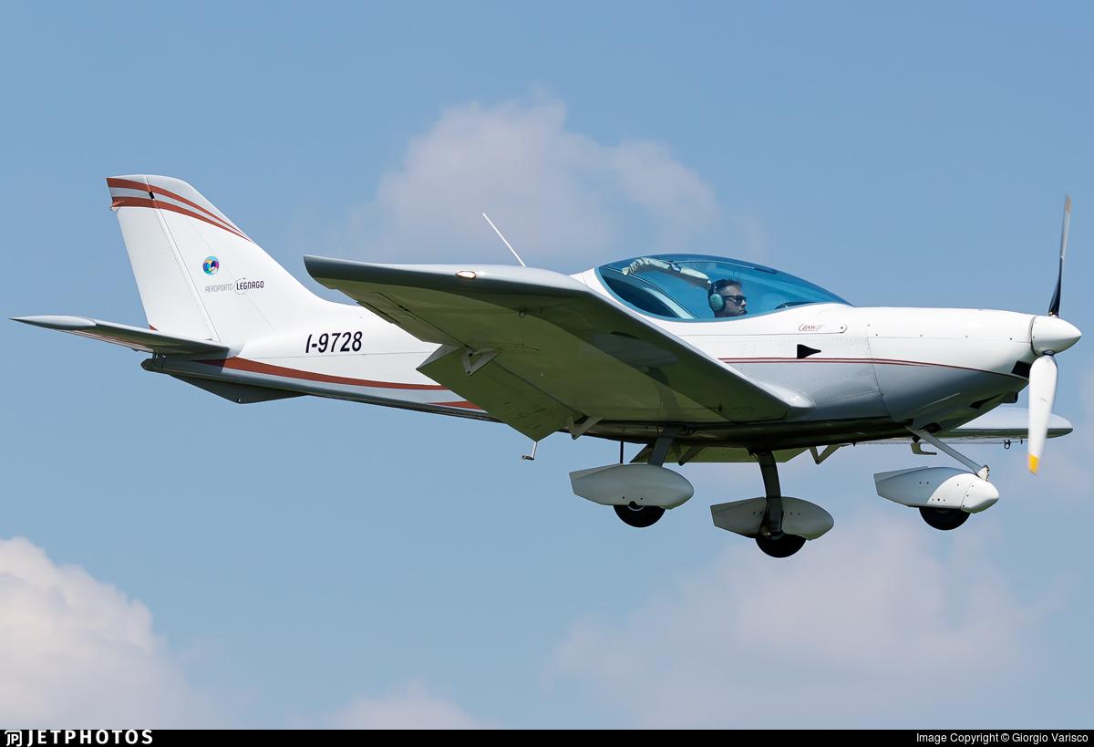 I-9728 - CZAW SportCruiser - Private