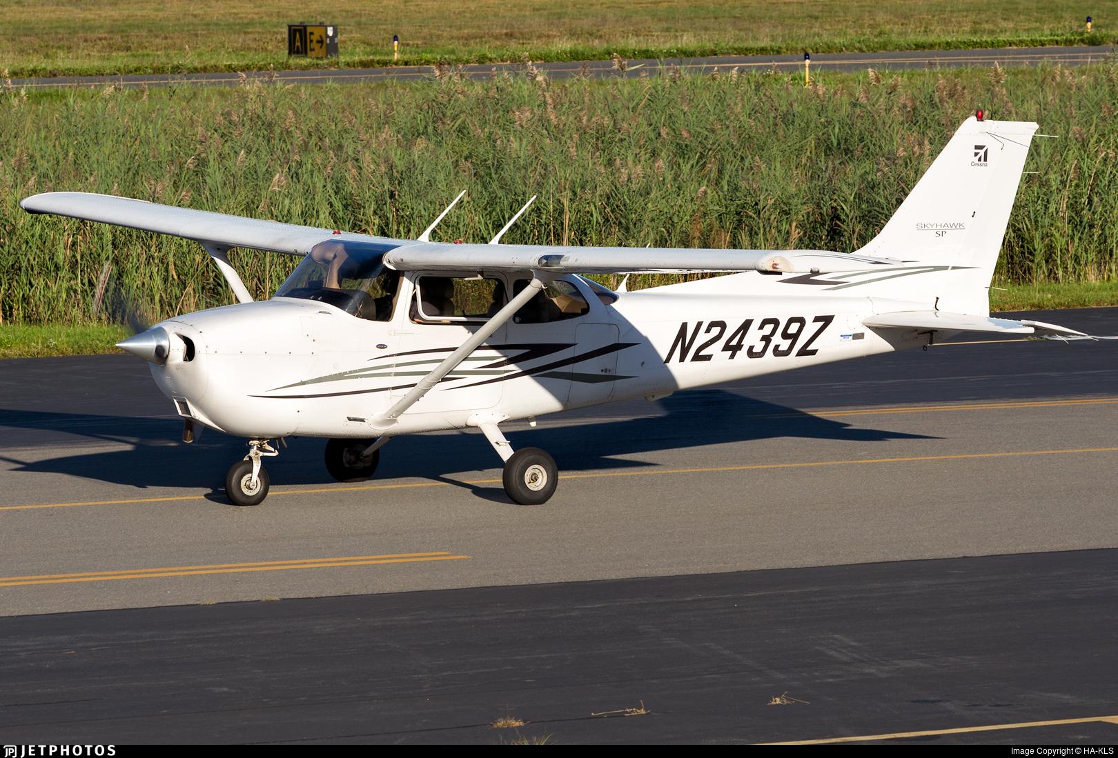 N2439Z - Cessna 172S Skyhawk SP - Plane Nonsense