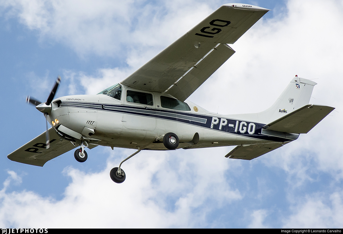 PP-IGO - Cessna 210N Centurion II - Private