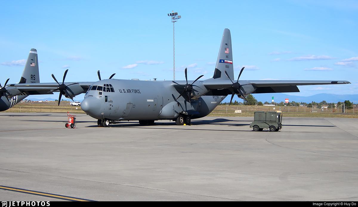 085683 Lockheed Martin C130J30