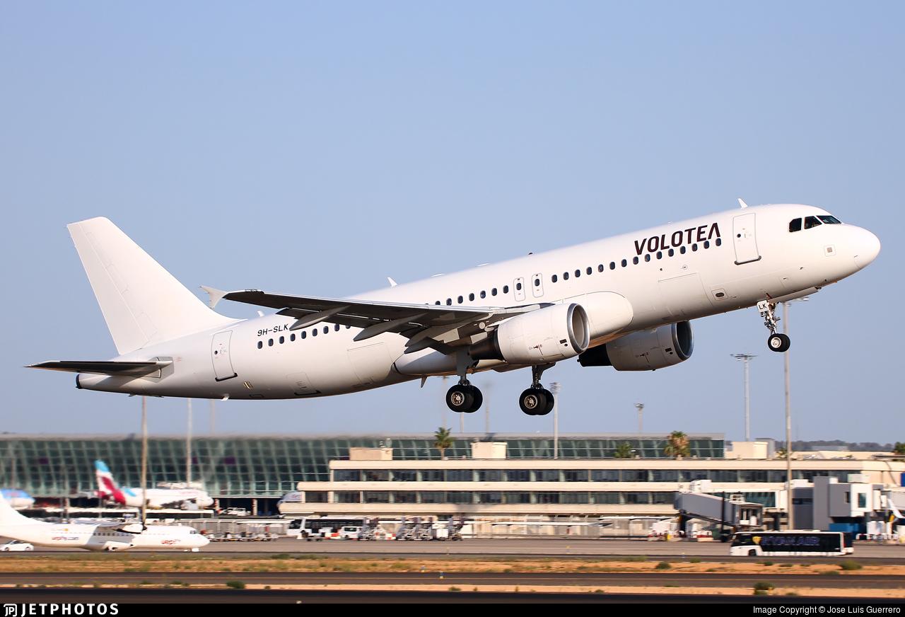 9H-SLK - Airbus A320-214 - Volotea (SmartLynx Malta)