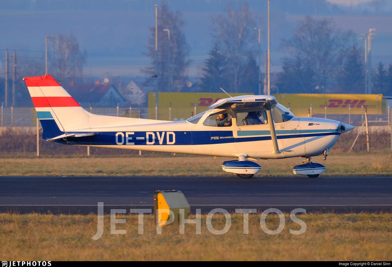 OE-DVD - Reims-Cessna F172N Skyhawk II - flylinz - Flugschule Linz
