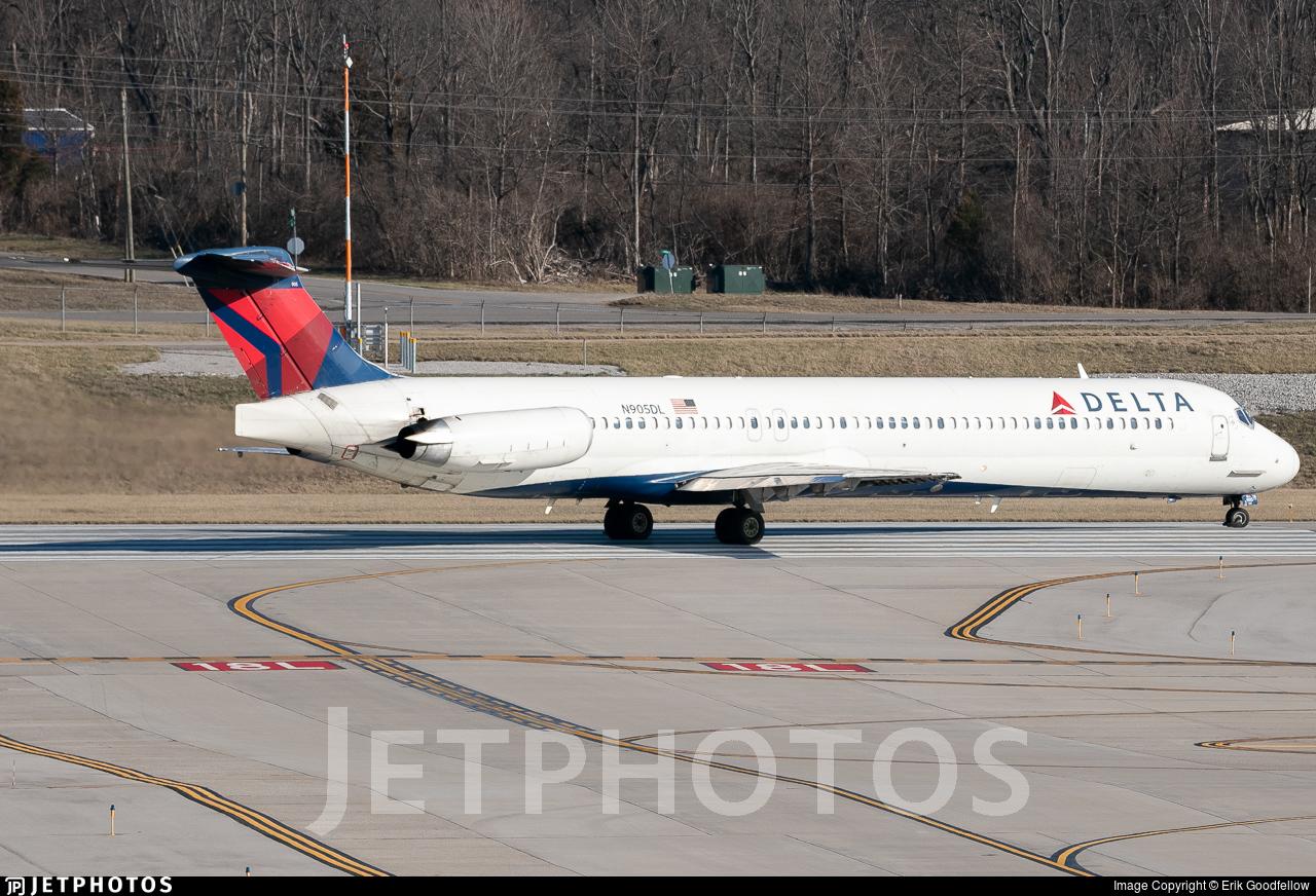 N905DL - McDonnell Douglas MD-88 - Delta Air Lines