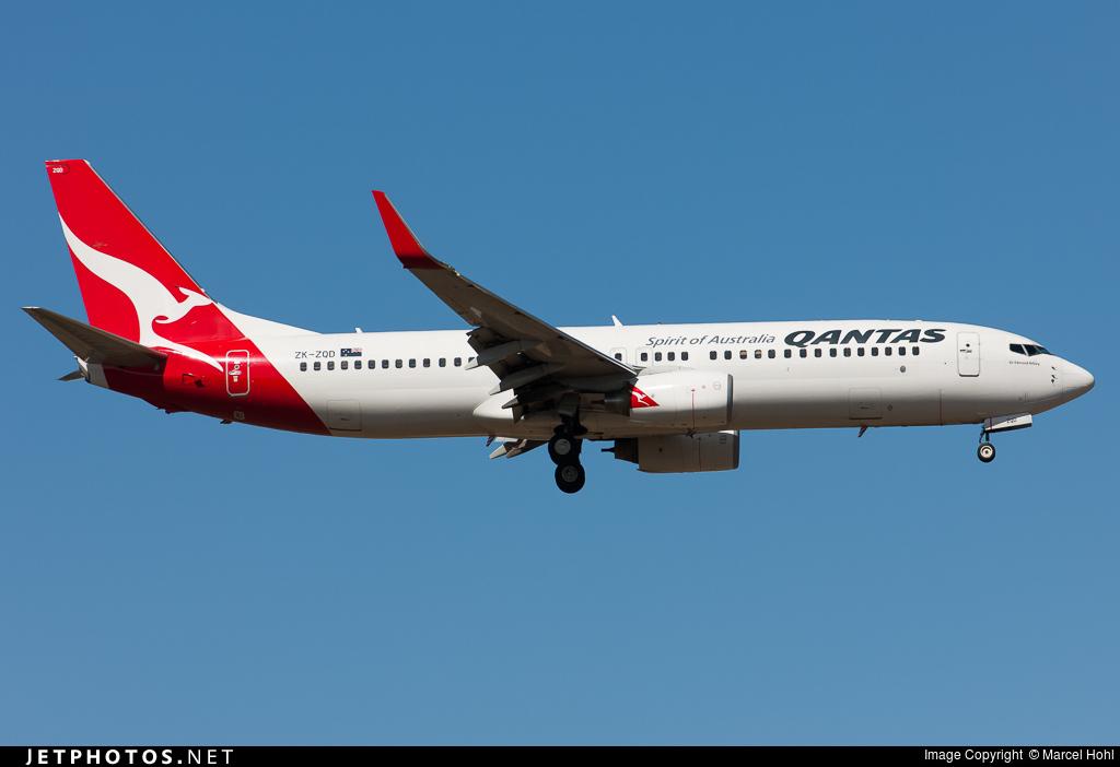 ZK-ZQD - Boeing 737-838 - Qantas (Jetconnect)