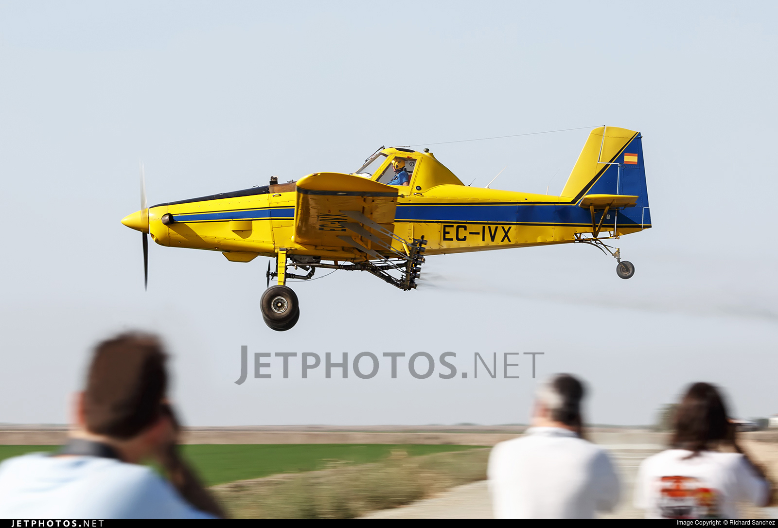 EC-IVX - Air Tractor AT-502B - AgricolAir