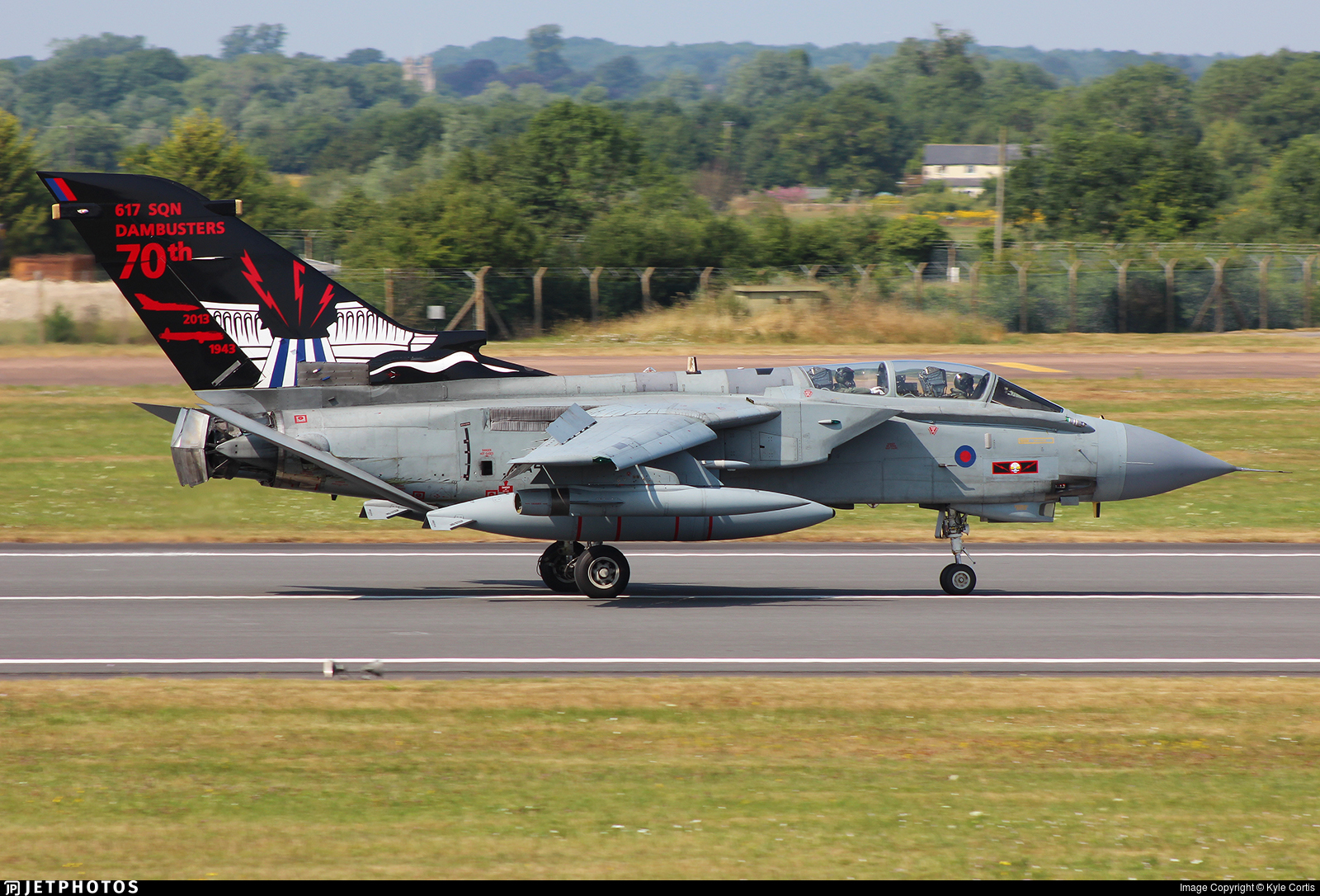 ZA492 - Panavia Tornado GR.4 - United Kingdom - Royal Air Force (RAF)