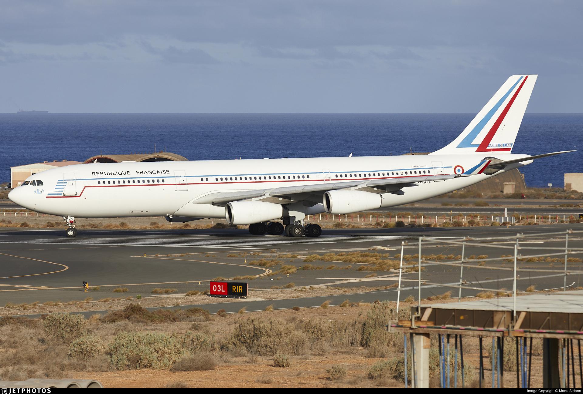 075 - Airbus A340-211 - France - Air Force