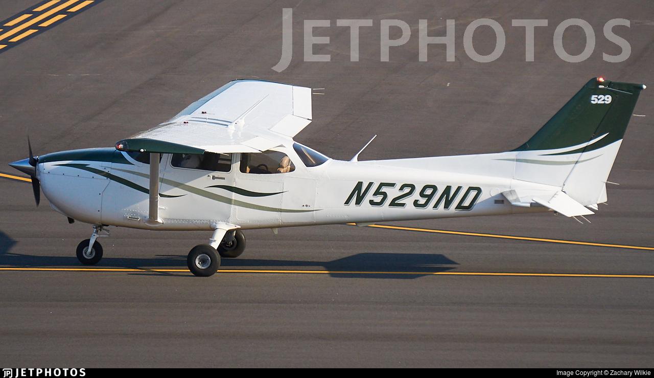 N529ND - Cessna 172S Skyhawk SP - University Of North Dakota
