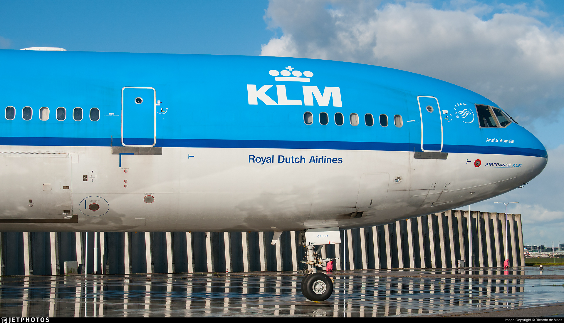 PH-KCF - McDonnell Douglas MD-11 - KLM Royal Dutch Airlines
