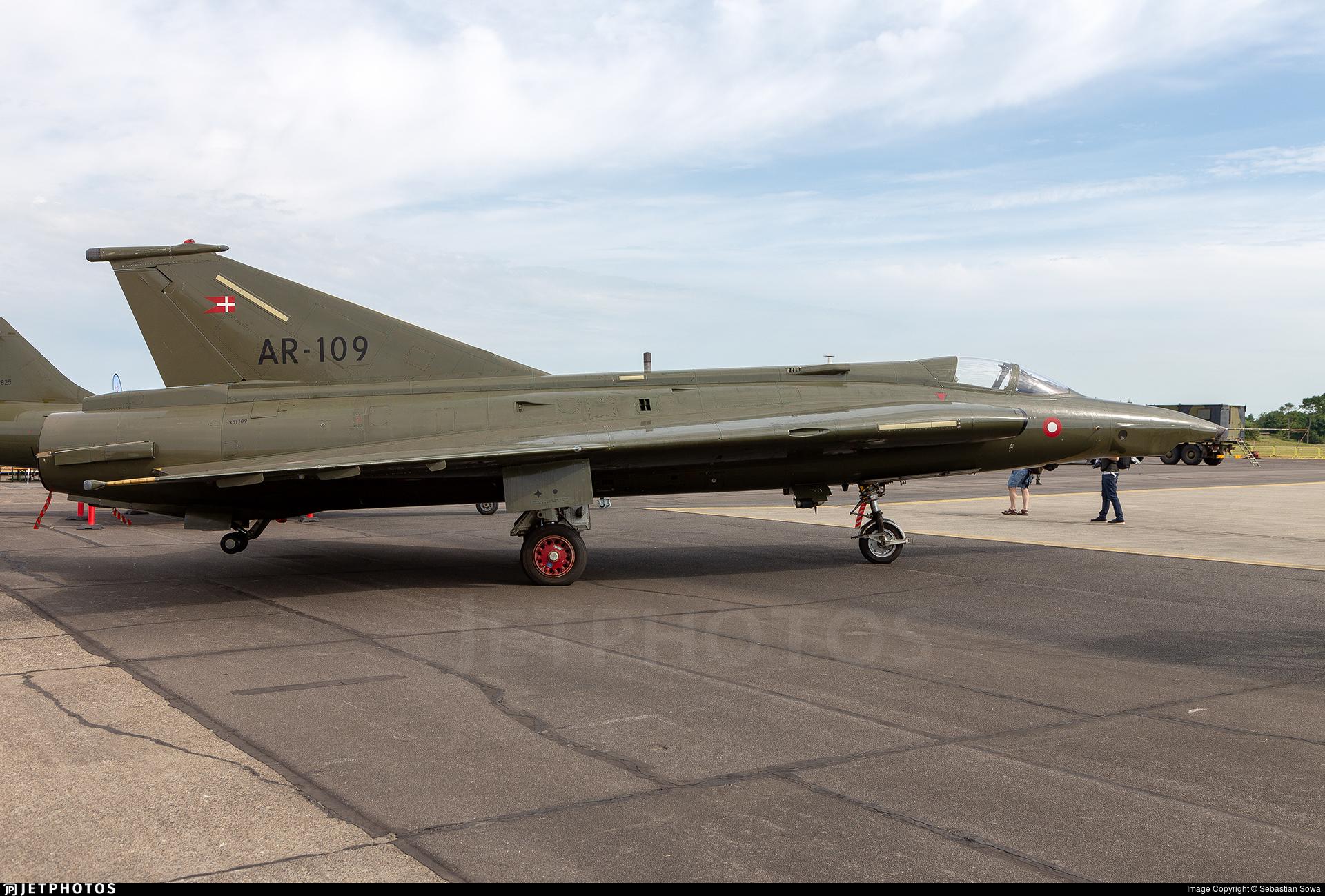 AR-109 - Saab RF-35XD Draken - Denmark - Air Force