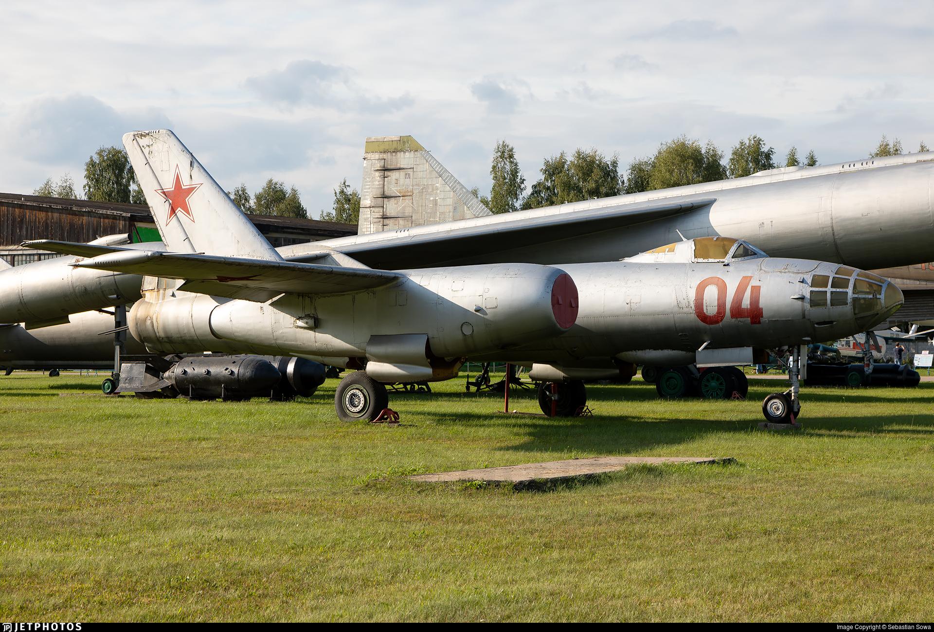 04 - Ilyushin IL-28 Beagle - Soviet Union - Air Force