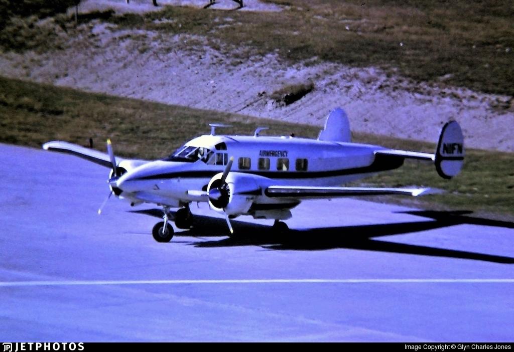 N1FN - Beech E18S - Private