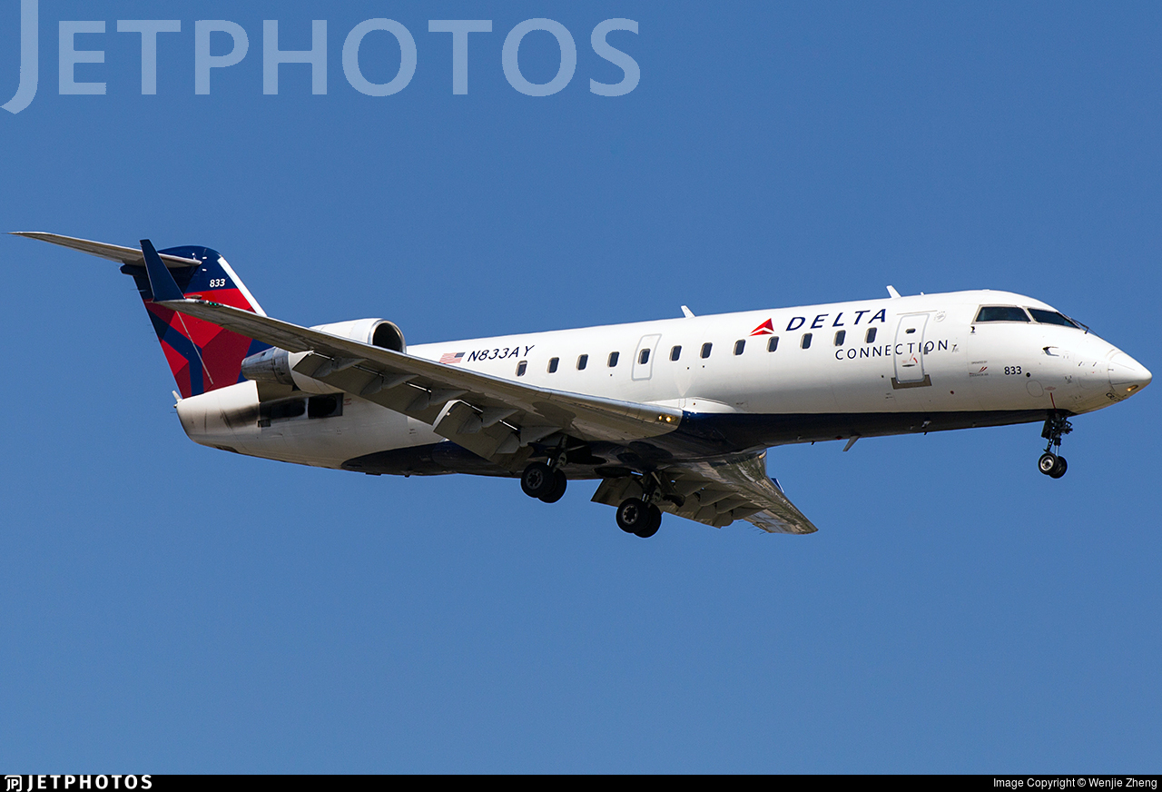 N833AY | Bombardier CRJ-200LR | Delta Connection (Endeavor