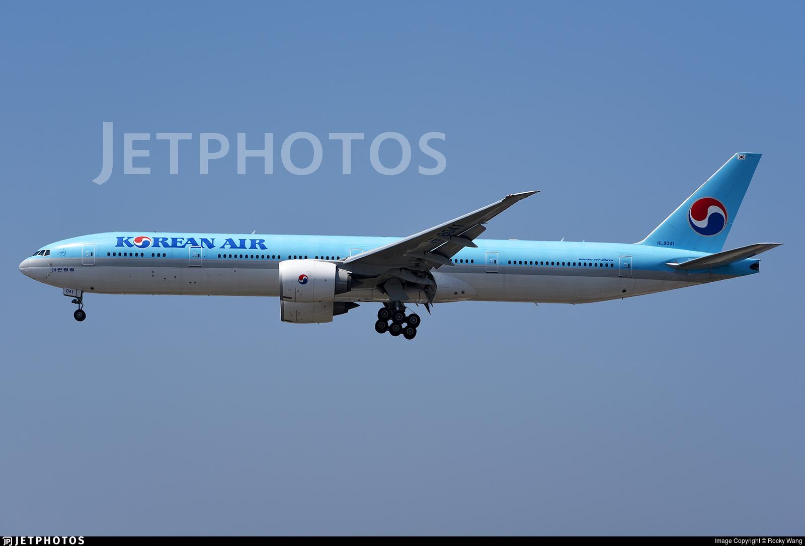 HL8041 - Boeing 777-3B5ER - Korean Air