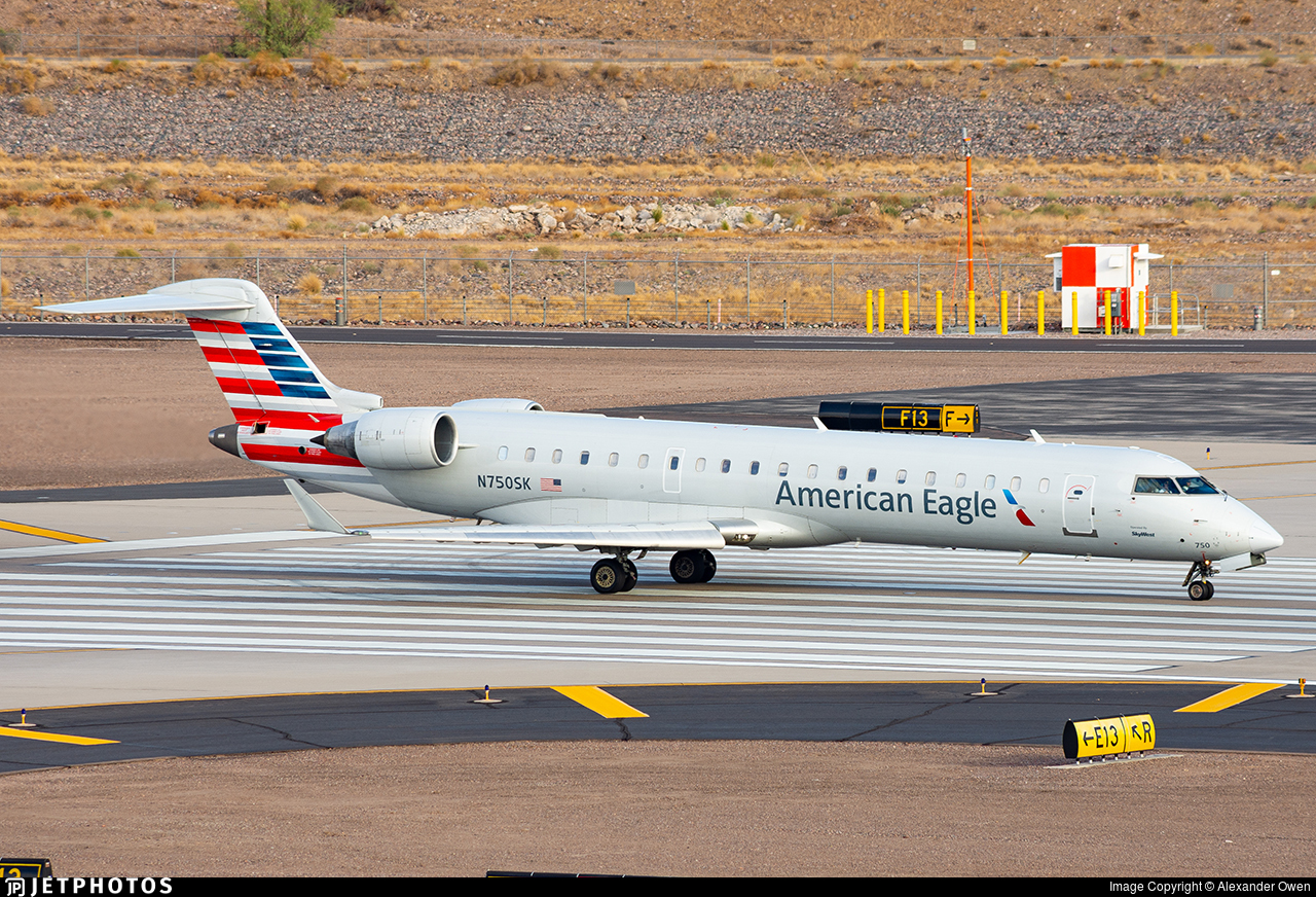 N750SK - Bombardier CRJ-701ER - American Eagle (SkyWest Airlines)