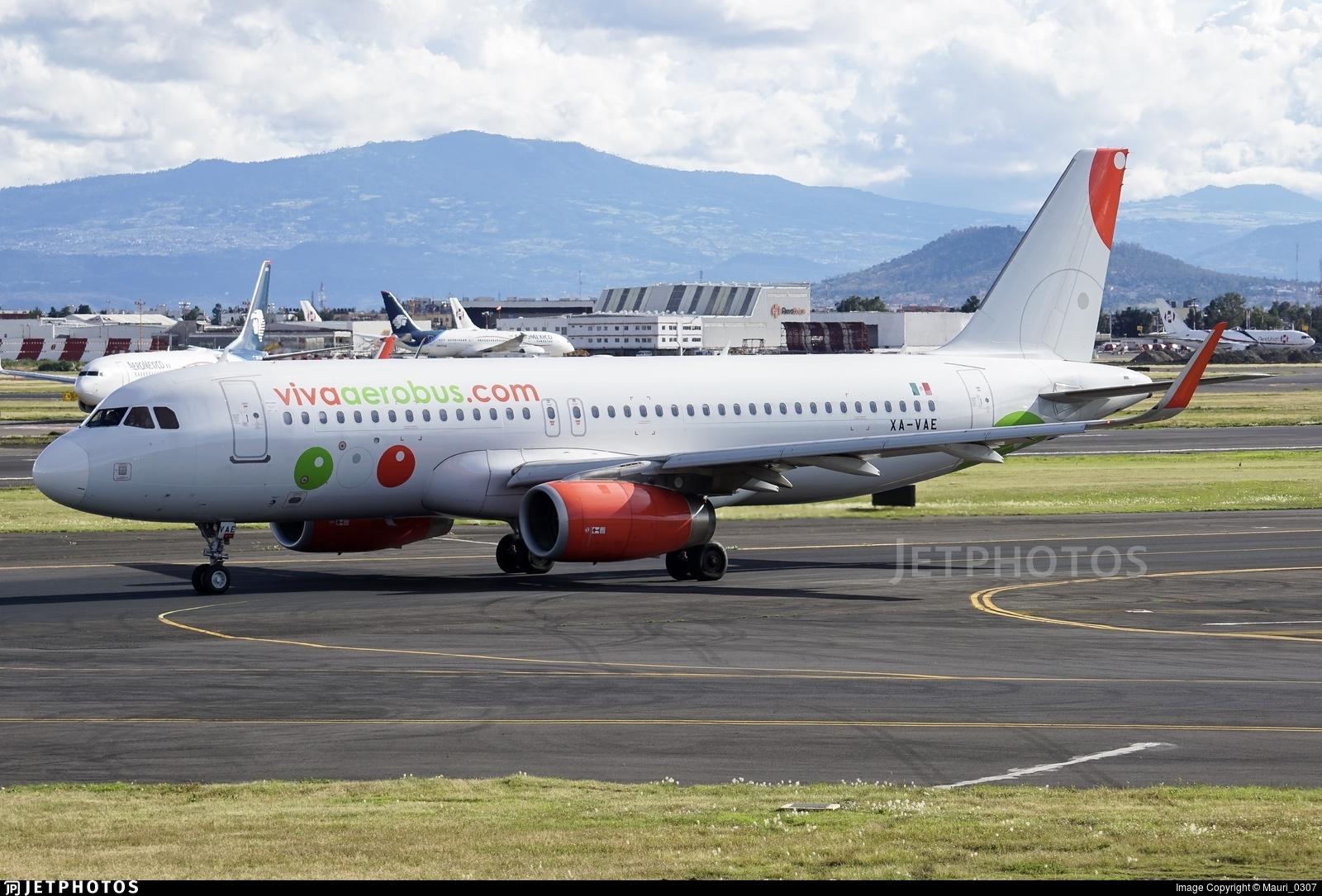 XA-VAE - Airbus A320-232 - VivaAerobus