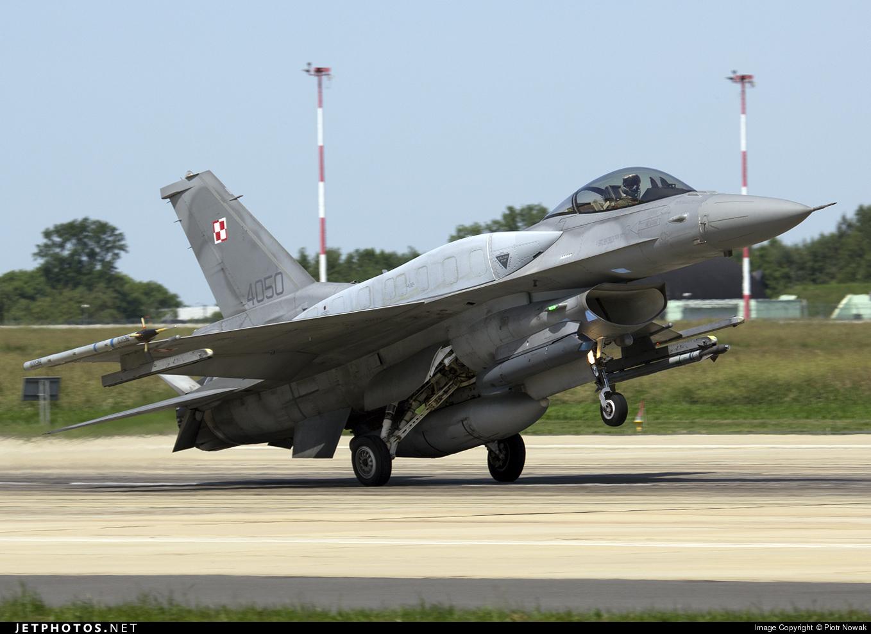 4050 - Lockheed Martin F-16C Fighting Falcon - Poland - Air Force