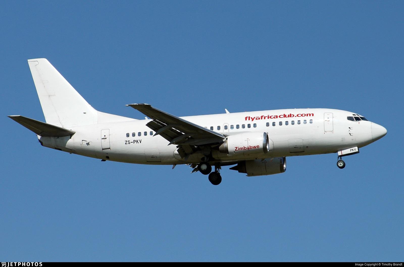 ZS-PKV - Boeing 737-529 - FlyAfrica