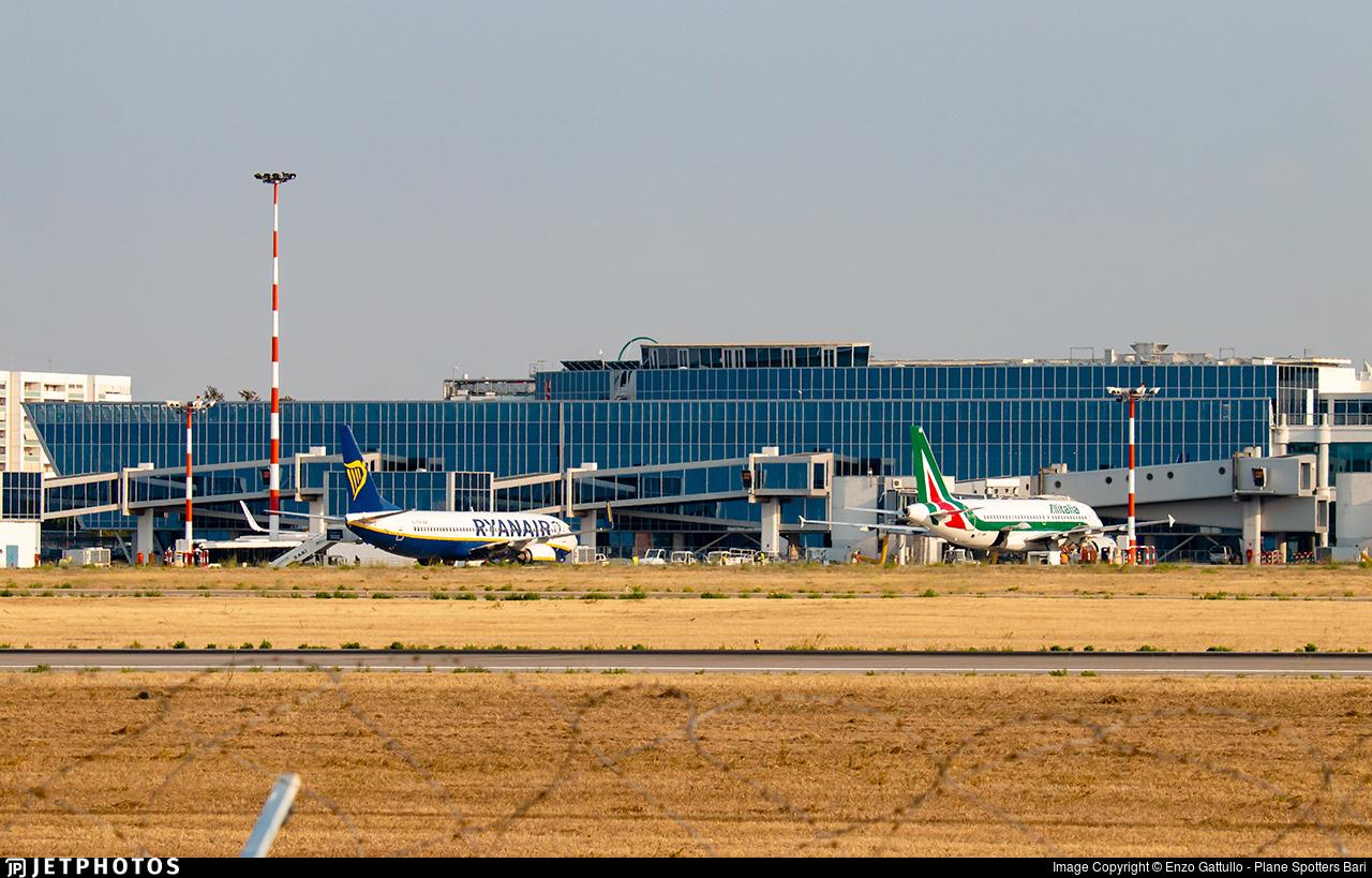 LIBD - Airport - Terminal