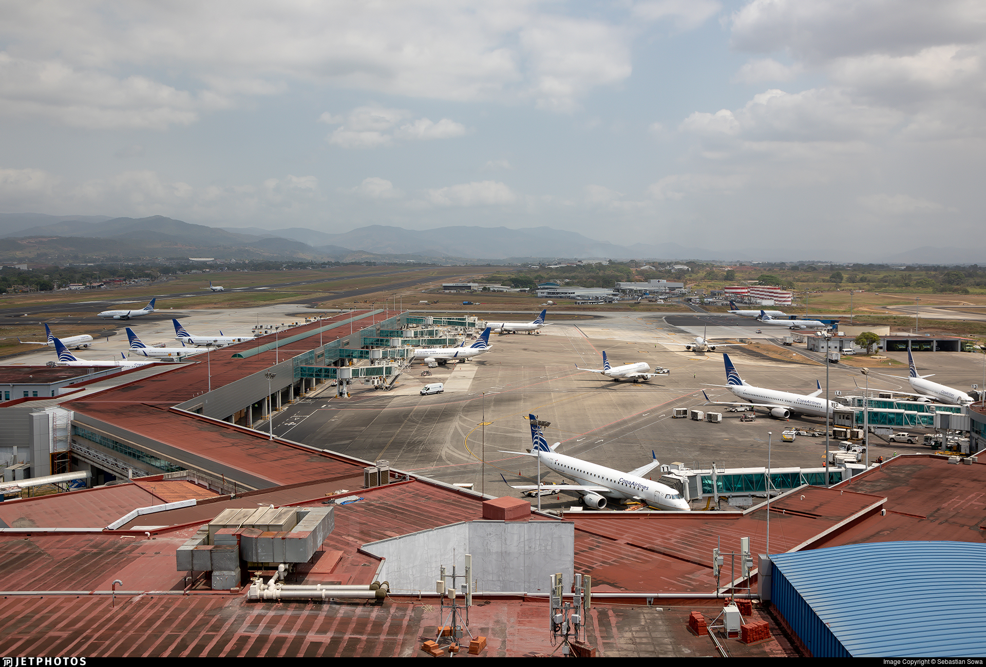 MPTO - Airport - Airport Overview