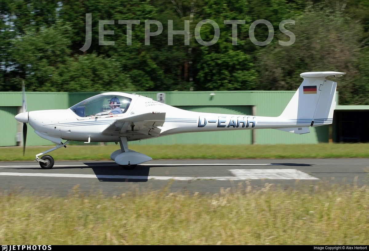 D-EAHH - Diamond DA-20-A1 Katana - Private