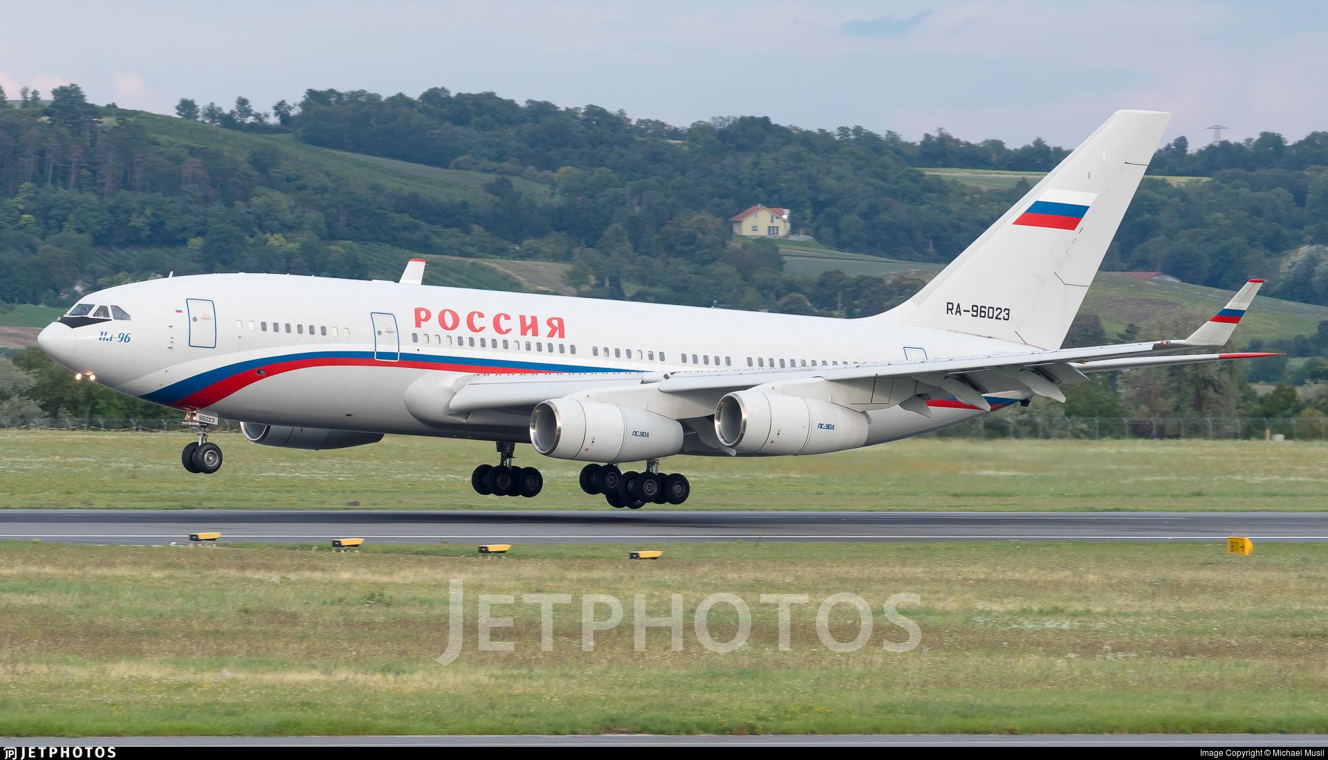 RA-96023 - Ilyushin IL-96-300 - Rossiya - Special Flight Squadron